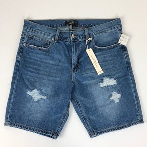 NEW Forever 21 Men destroyed denim shorts
